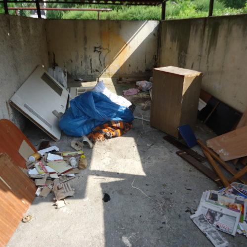 Śmieci w boxie