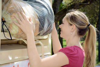 W czwartek 10 kwietnia PCK przeprowadzi objazdową zbiórkę odzieży używanej i innych tekstyliów