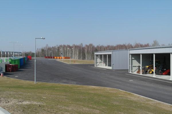 Plac manewrowy dla pojazdów i maszyn